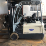 Used Forklift Crown 3000 lbs - 200